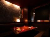 竹取物語の情緒溢れる美的個室空間で、当店自慢の料理とお酒をお楽しみください