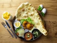 インドで5000年の歴史を持つアーユルヴェーダの理念に基づき、 普段の食事からお客様の健康のお手伝いが出来ないか?という思いで、 ラサマンダのTOPシェフ達が作る本格インディアンカレーをご用意いたしました。